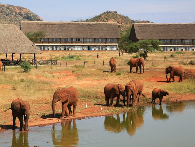 3 Days Tsavo East/West National Park Safari